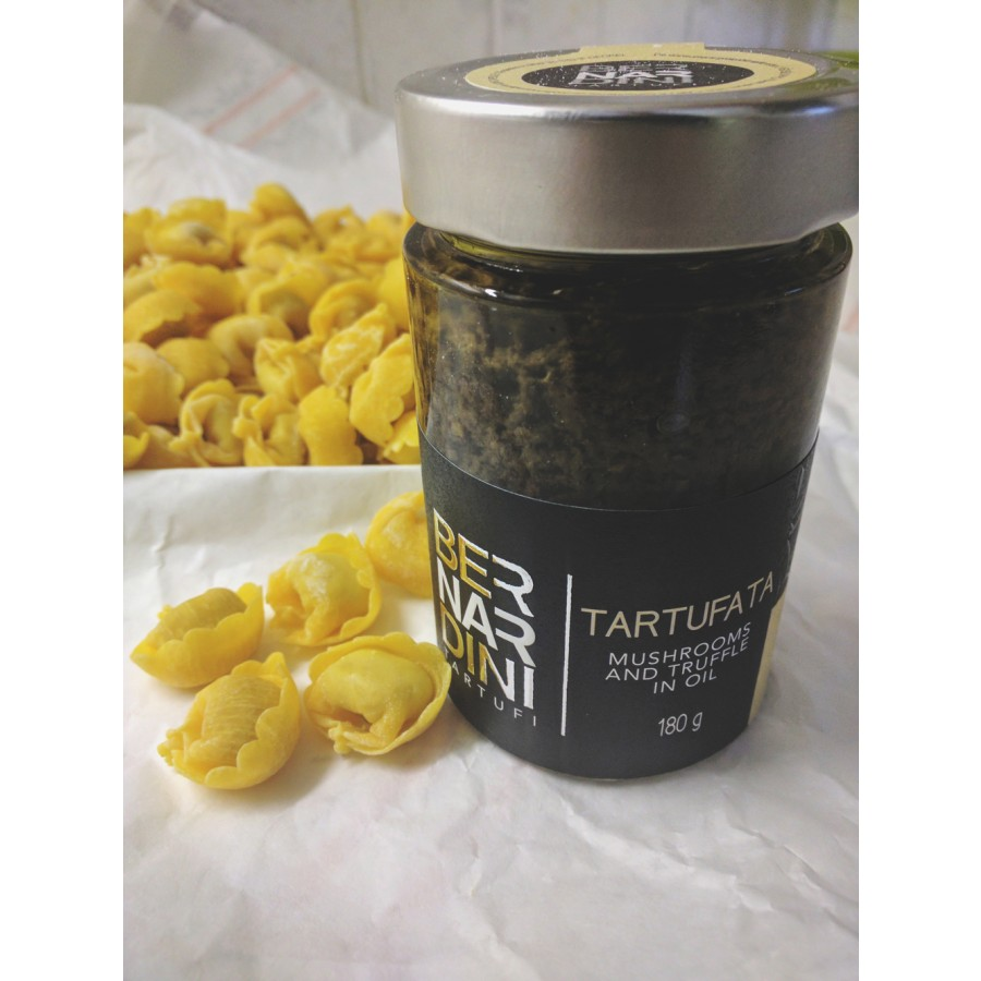 Mushrooms and truffle sauce 80 gr, 7,15 €, Bernardini Truffles, Acqualagna Italia